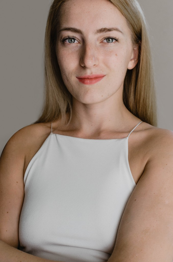 GIVENCHY Matissime Velvet Polina Bilokonna.jpg